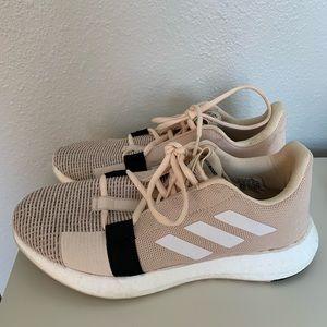 Adidas sense boost go shoes size 7.5